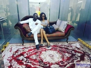 Photos: Singer Iyanya Cozies Up To Mystery Lady Months After Breakup With Freda Francis